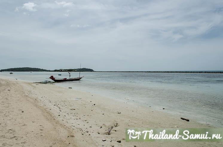 Отлив в северной части пляжа Чавенг