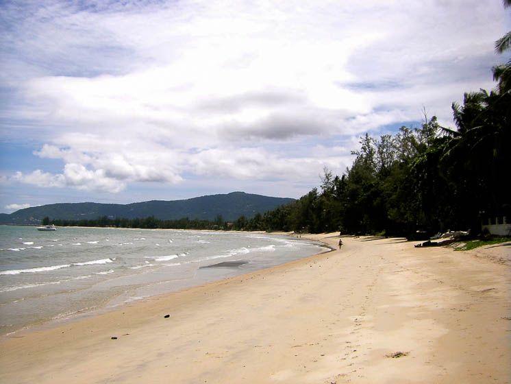 Северная сторона пляжа Липа Ной