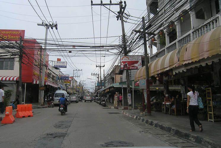 Улица в Натоне