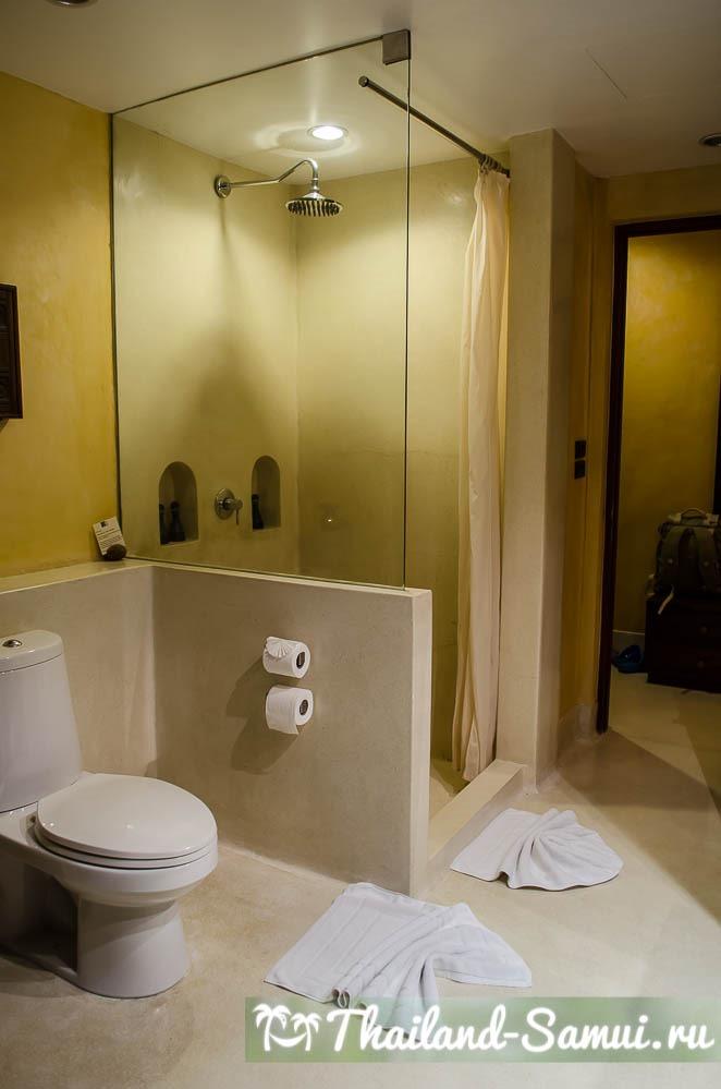 Ванная комната в номере Delux